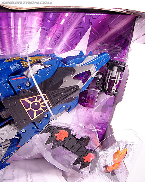 Transformers Cybertron Laserbeak (Killer Condor) (Image #3 of 68)