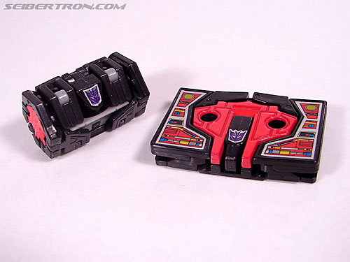 Transformers Cybertron Laserbeak (Killer Condor) (Image #18 of 68)