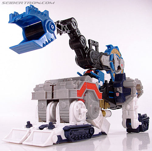 Transformers Cybertron Metroplex (Megalo Convoy) (Image #38 of 192)