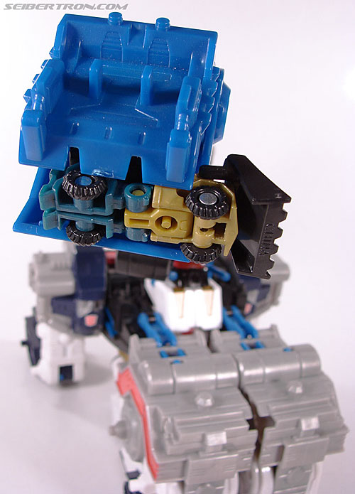 Transformers Cybertron Metroplex (Megalo Convoy) (Image #46 of 192)