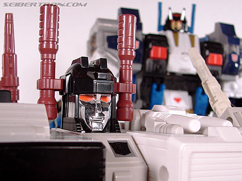 Transformers Cybertron Metroplex (Megalo Convoy) (Image #169 of 192)