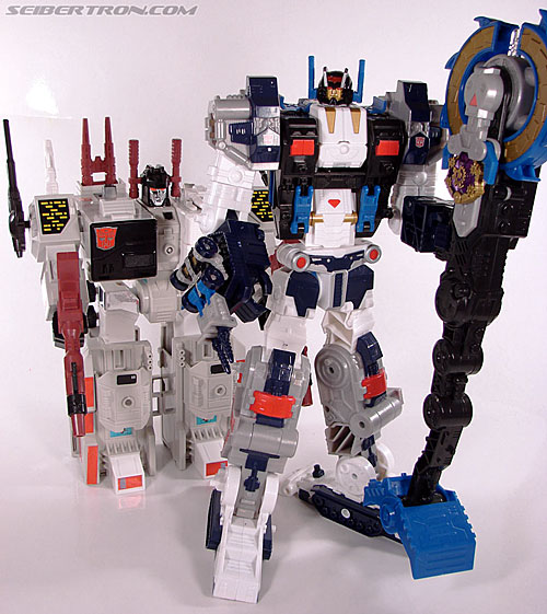 Transformers Cybertron Metroplex (Megalo Convoy) (Image #170 of 192)