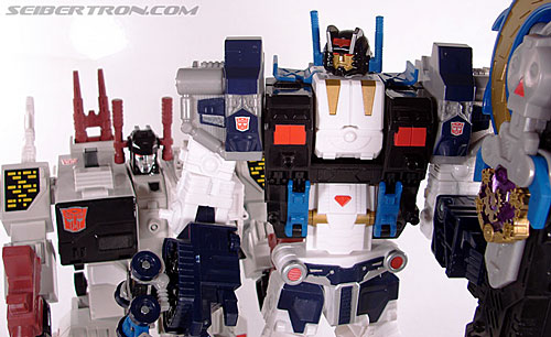 Transformers Cybertron Metroplex (Megalo Convoy) (Image #171 of 192)