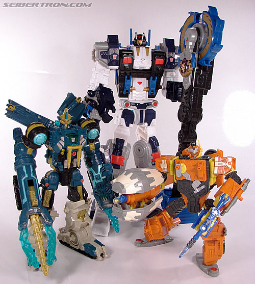 Transformers Cybertron Metroplex (Megalo Convoy) (Image #177 of 192)