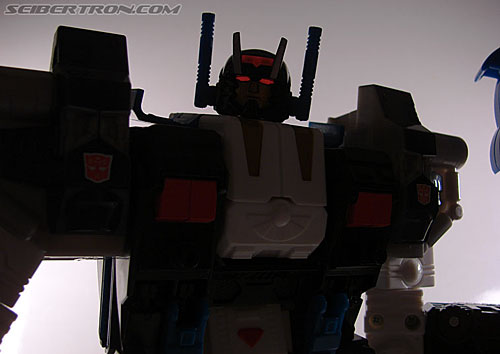 Transformers Cybertron Metroplex (Megalo Convoy) (Image #185 of 192)