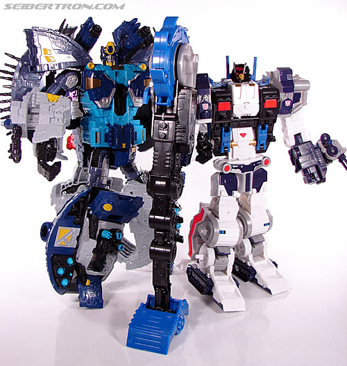 Transformers Cybertron Metroplex (Megalo Convoy) (Image #187 of 192)