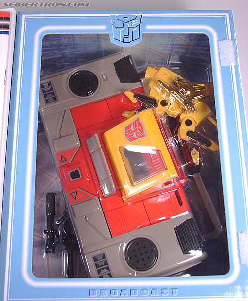 Transformers Collection Blaster (Broadcast)  (Reissue) (Image #36 of 137)