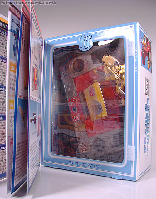 Transformers Collection Blaster (Broadcast)  (Reissue) (Image #37 of 137)
