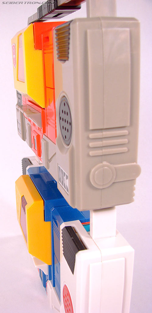 Transformers Collection Blaster (Broadcast)  (Reissue) (Image #60 of 137)