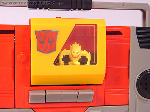 Transformers Collection Blaster (Broadcast)  (Reissue) (Image #68 of 137)