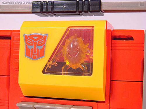 Transformers Collection Blaster (Broadcast)  (Reissue) (Image #70 of 137)
