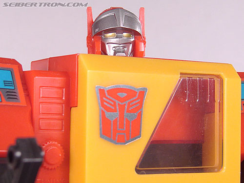 Transformers Collection Blaster (Broadcast)  (Reissue) (Image #86 of 137)