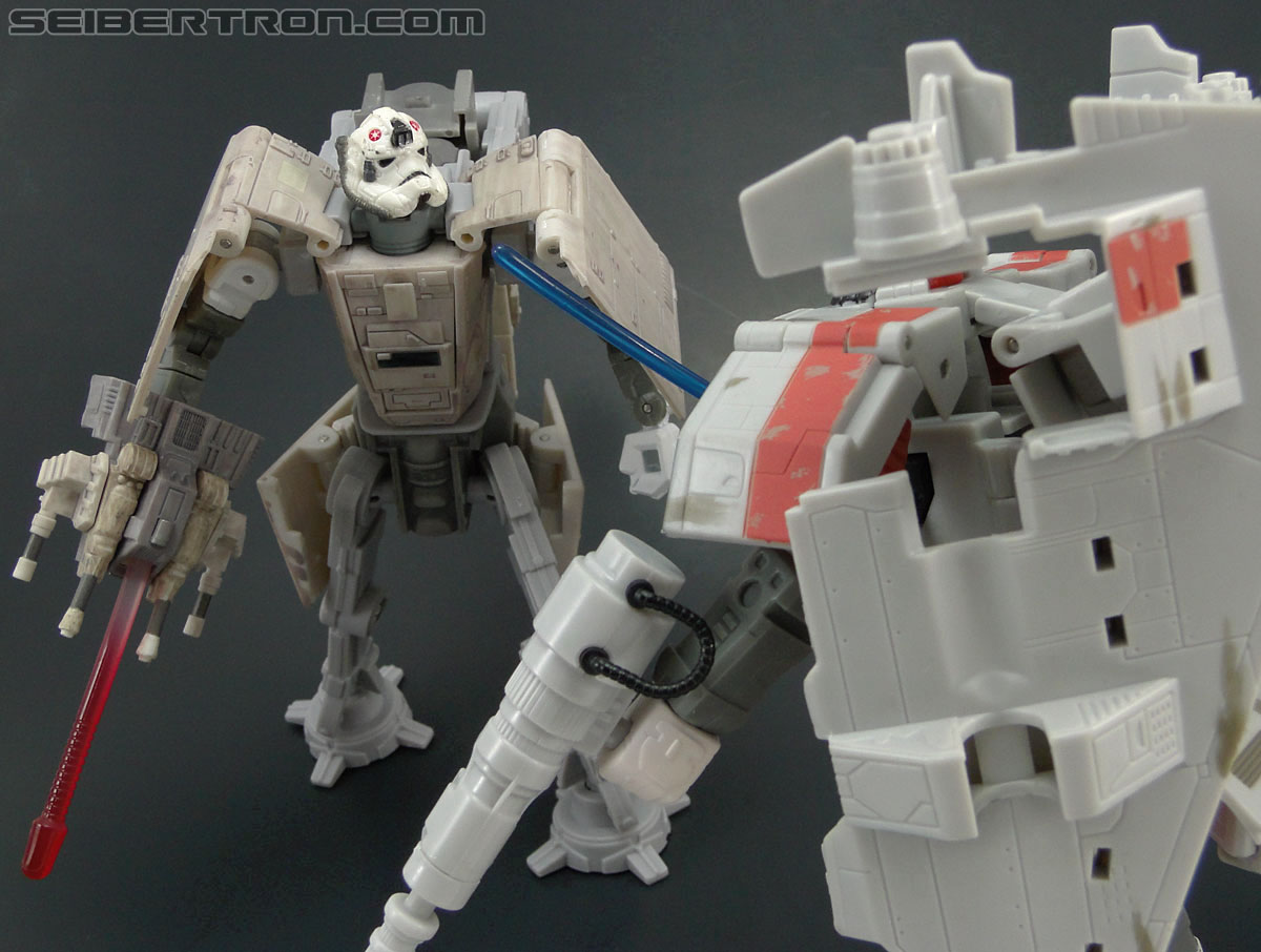 Star Wars Transformers AT-AT Driver (AT-AT) (Image #142 of 161)