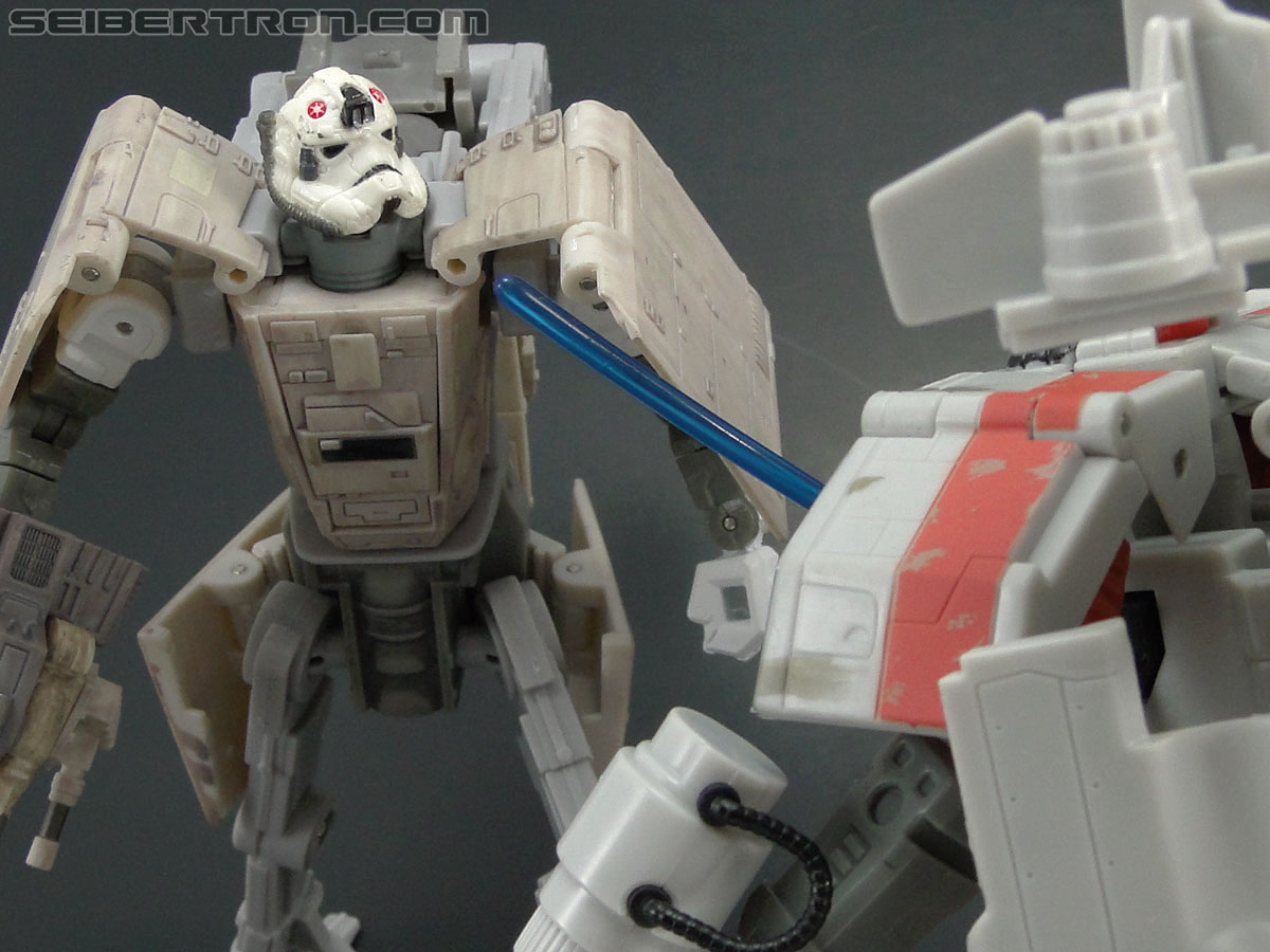 Star Wars Transformers AT-AT Driver (AT-AT) (Image #143 of 161)