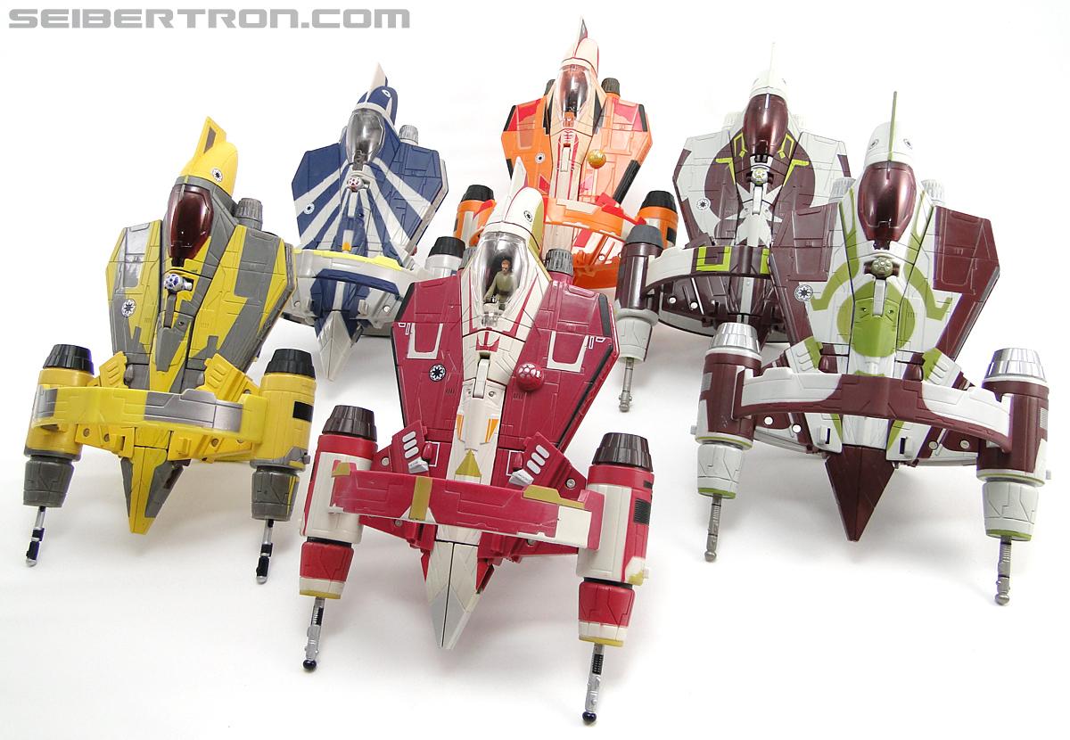 Star Wars Transformers Kit Fisto (Jedi Starfighter) (Image #30 of 104)
