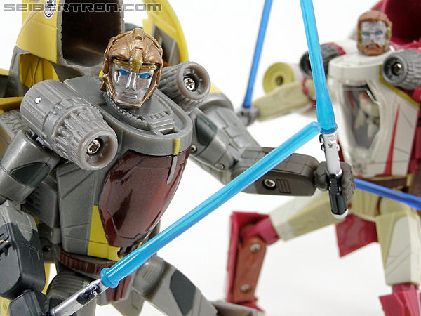 Star Wars Transformers Anakin Skywalker (Jedi Starfighter with Hyperspace Docking Ring) (Image #113 of 131)