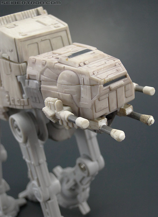 Star Wars Transformers AT-AT Driver (AT-AT) (Image #18 of 161)
