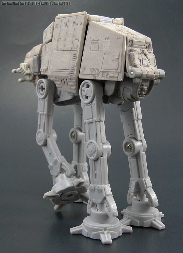 Star Wars Transformers AT-AT Driver (AT-AT) (Image #24 of 161)