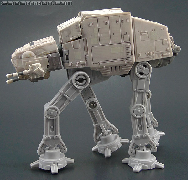Star Wars Transformers AT-AT Driver (AT-AT) (Image #25 of 161)