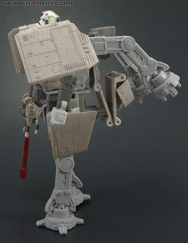 Star Wars Transformers AT-AT Driver (AT-AT) (Image #87 of 161)