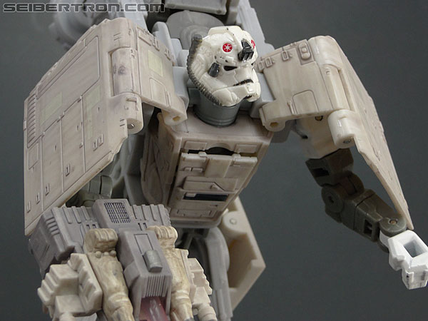 Star Wars Transformers AT-AT Driver (AT-AT) (Image #101 of 161)