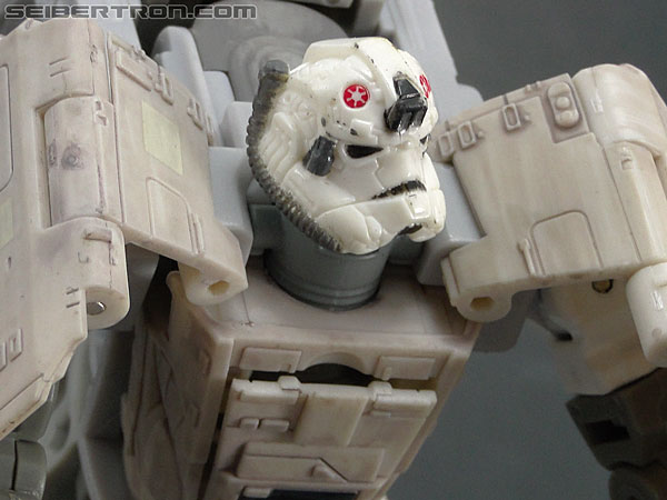 Star Wars Transformers AT-AT Driver (AT-AT) (Image #102 of 161)