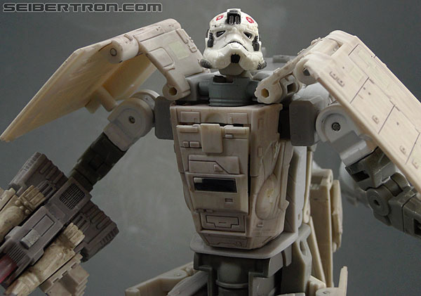 Star Wars Transformers AT-AT Driver (AT-AT) (Image #116 of 161)