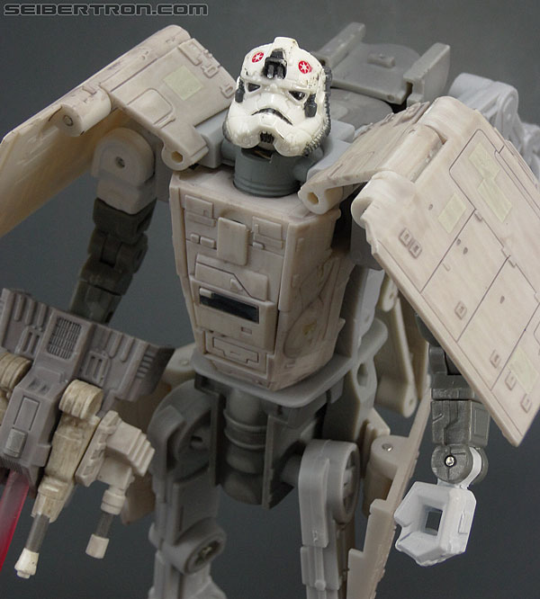 Star Wars Transformers AT-AT Driver (AT-AT) (Image #124 of 161)