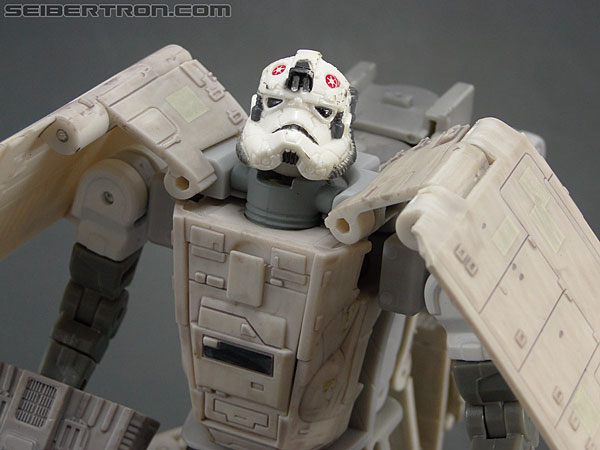 Star Wars Transformers AT-AT Driver (AT-AT) (Image #126 of 161)