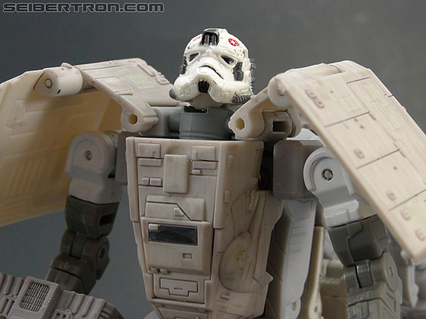 Star Wars Transformers AT-AT Driver (AT-AT) (Image #128 of 161)