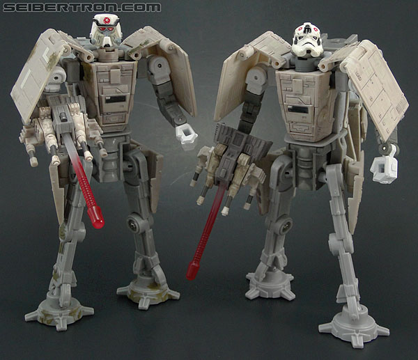 Star Wars Transformers AT-AT Driver (AT-AT) (Image #136 of 161)