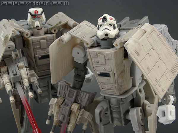 Star Wars Transformers AT-AT Driver (AT-AT) (Image #138 of 161)