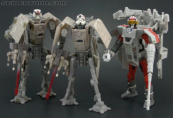 Star Wars Transformers AT-AT Driver (AT-AT) (Image #140 of 161)