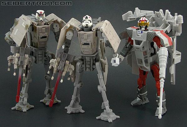 Star Wars Transformers AT-AT Driver (AT-AT) (Image #140 of 161)