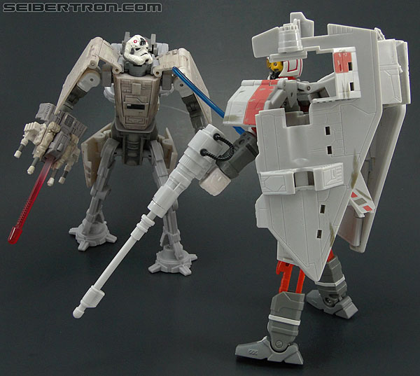 Star Wars Transformers AT-AT Driver (AT-AT) (Image #144 of 161)