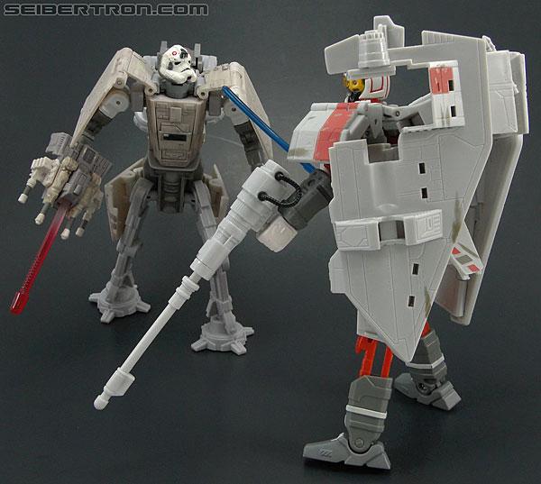 Star Wars Transformers AT-AT Driver (AT-AT) (Image #144 of 161)
