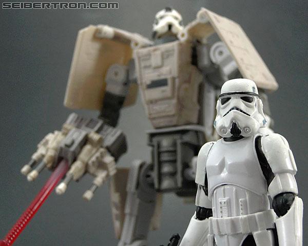 Star Wars Transformers AT-AT Driver (AT-AT) (Image #147 of 161)