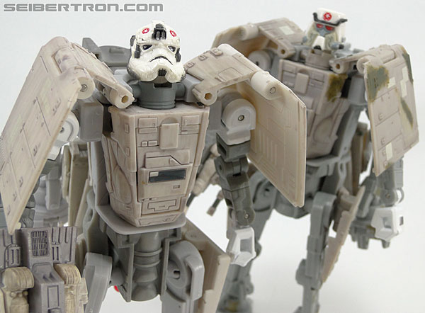 Star Wars Transformers AT-AT Driver (AT-AT) (Image #152 of 161)