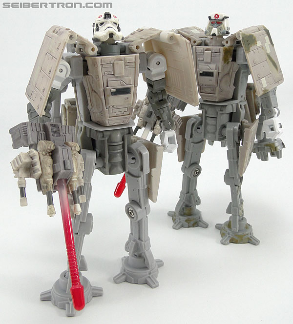 Star Wars Transformers AT-AT Driver (AT-AT) (Image #154 of 161)