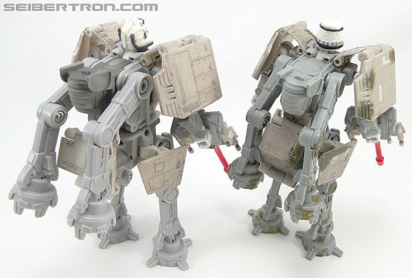 Star Wars Transformers AT-AT Driver (AT-AT) (Image #156 of 161)