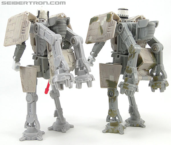 Star Wars Transformers AT-AT Driver (AT-AT) (Image #157 of 161)
