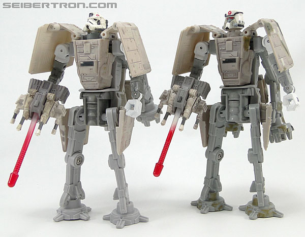 Star Wars Transformers AT-AT Driver (AT-AT) (Image #158 of 161)