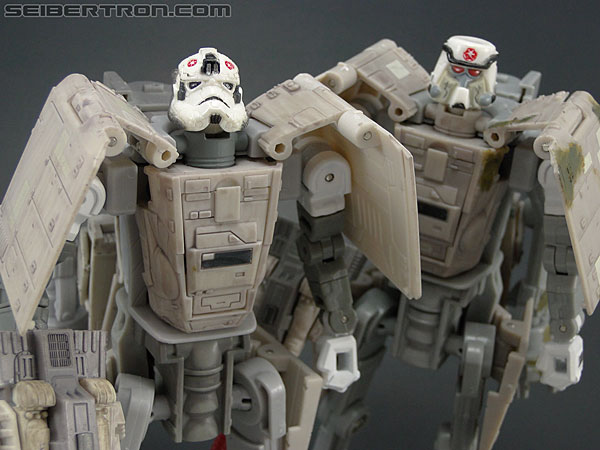 Star Wars Transformers AT-AT Driver (AT-AT) (Image #160 of 161)