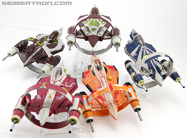 Star Wars Transformers Kit Fisto (Jedi Starfighter) (Image #38 of 104)