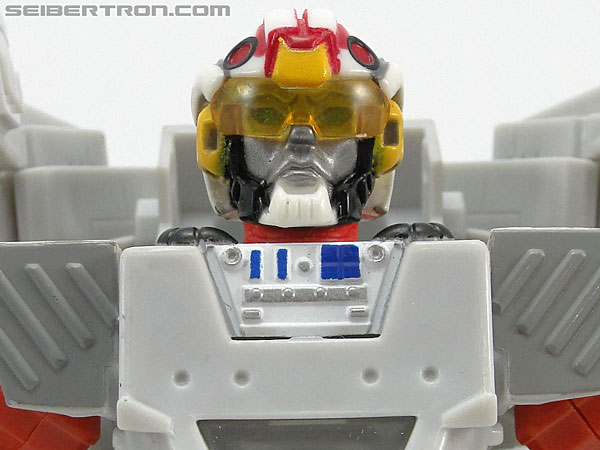 Star Wars Transformers Luke Skywalker (Snowspeeder) gallery