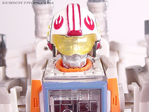 Star Wars Transformers Luke Skywalker (X-Wing Fighter) gallery