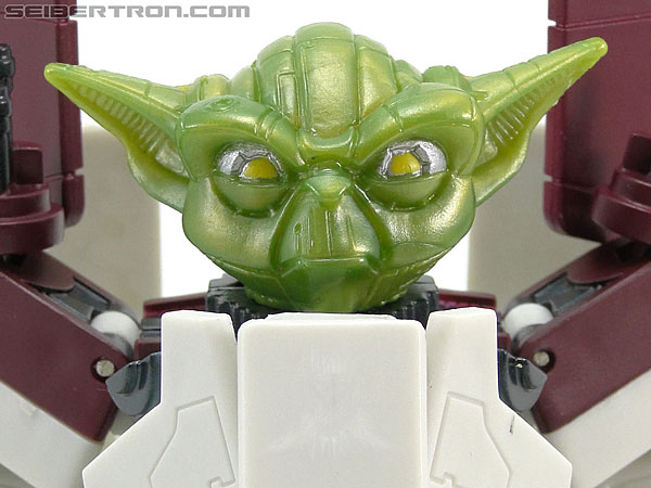 Star Wars Transformers Yoda (Republic Attack Shuttle) gallery