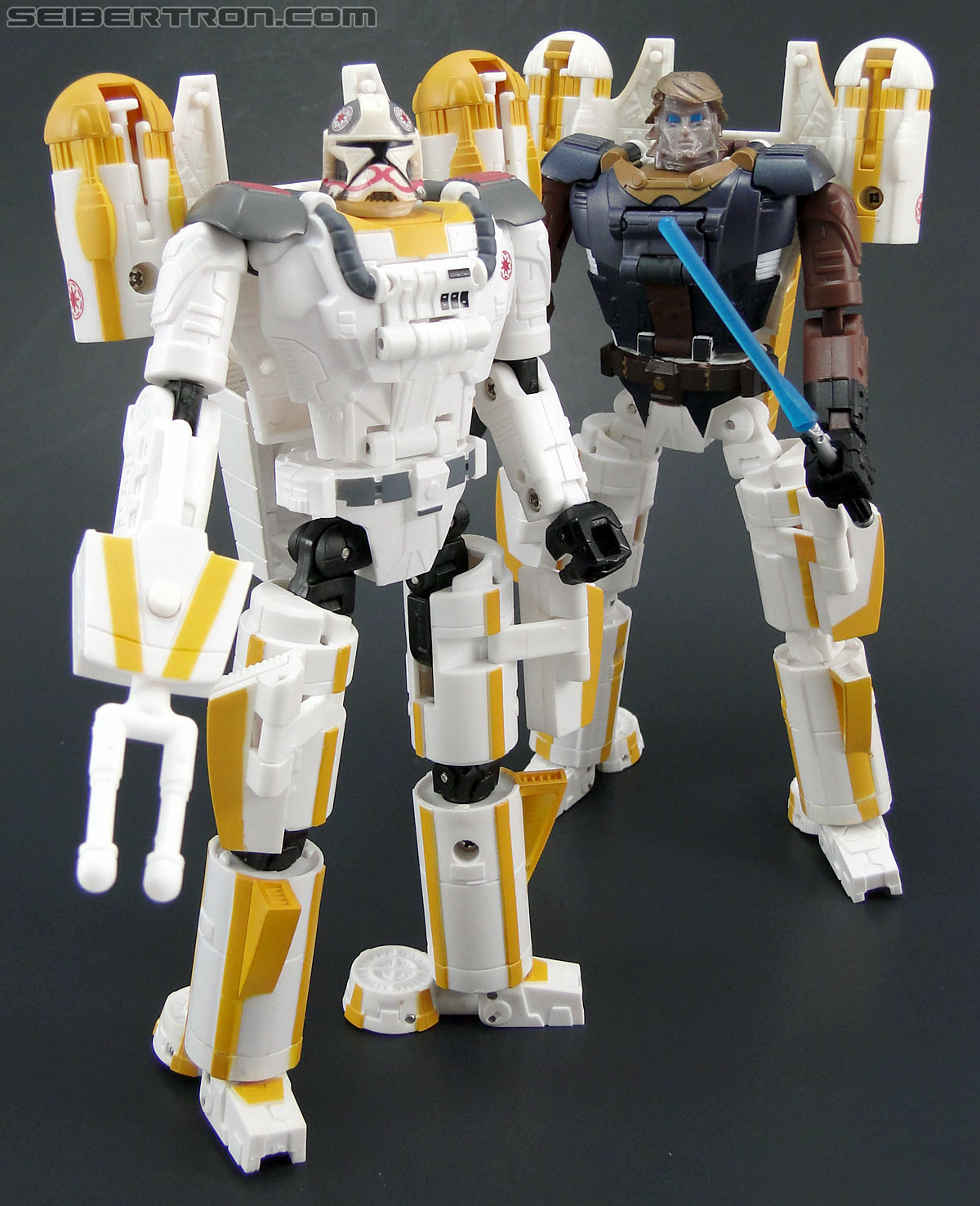 Star Wars Transformers Y-Wing Pilot (Y-Wing) (Image #79 of 84)
