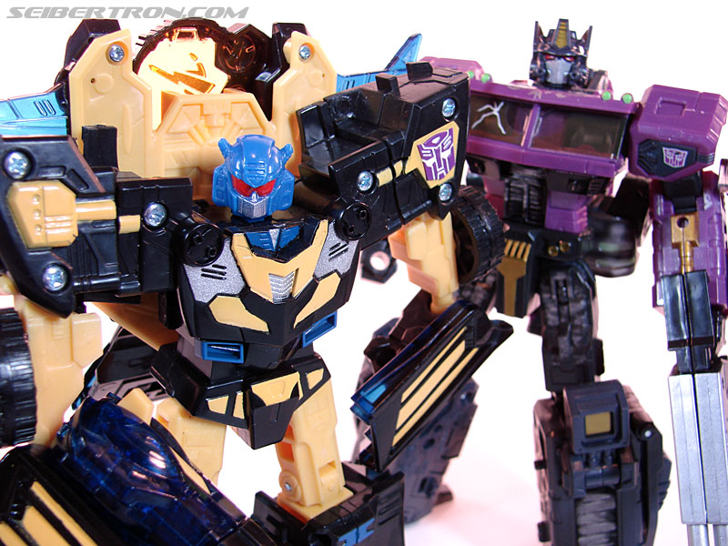 Transformers Convention & Club Exclusives Goldbug (Image #85 of 94)