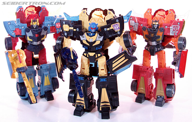 Transformers Convention & Club Exclusives Goldbug (Image #89 of 94)